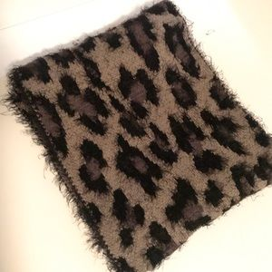 Accessories - Infinity Scarf NWOT